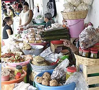 Esta hoja la puede encontrar en el mercado Diaz Ordaz y le cuesta 10 pesos el manojo, lo puede remediar de malos sintomas